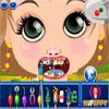 Diş hekimi küçük kıza oyunu
